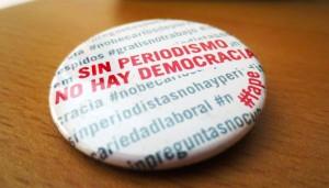 Chapa Sin periodismo No democracia